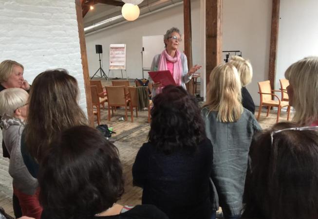 Birgitta foredrag Meta-Coach konferansen i Oslo oktober 2015. Foto: Lene Fjellheim